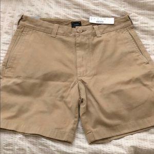 "Men's J. Crew 7"" short in garment-dyed cotton"